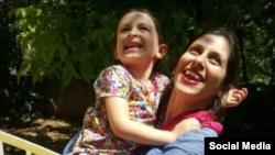 نازنین زاغری و دخترش گابریلا - آرشیو